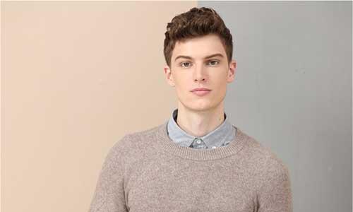 亚虎娱乐手机网页版_37℃亚虎娱乐衫的背后 考拉工厂店协工厂守品质创品牌